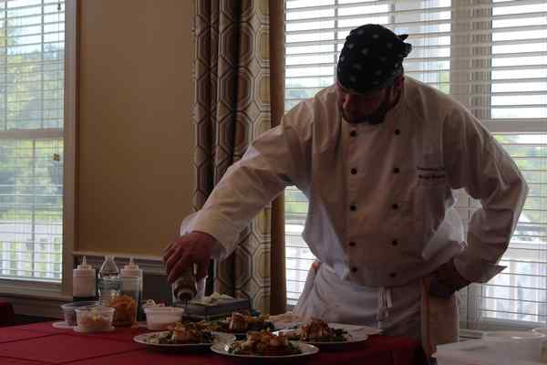Chef from Stinger's Restaurant in Secane Wins Cooking Showdown