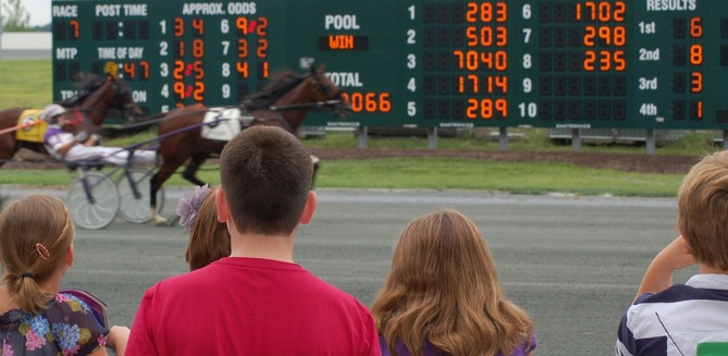Harness Racing Celebrates Decade of Success in Chester at Harrah's Casino