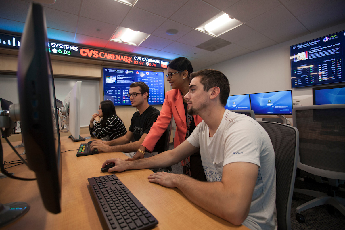 Widener Opens State-of-Art Finance Lab Where Students Can Become Bloomberg-Certified