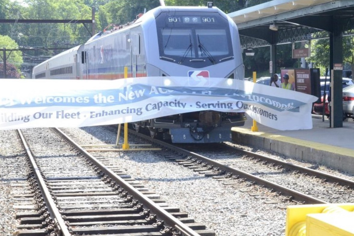 SEPTA Unveils New Fleet of Rail Cars