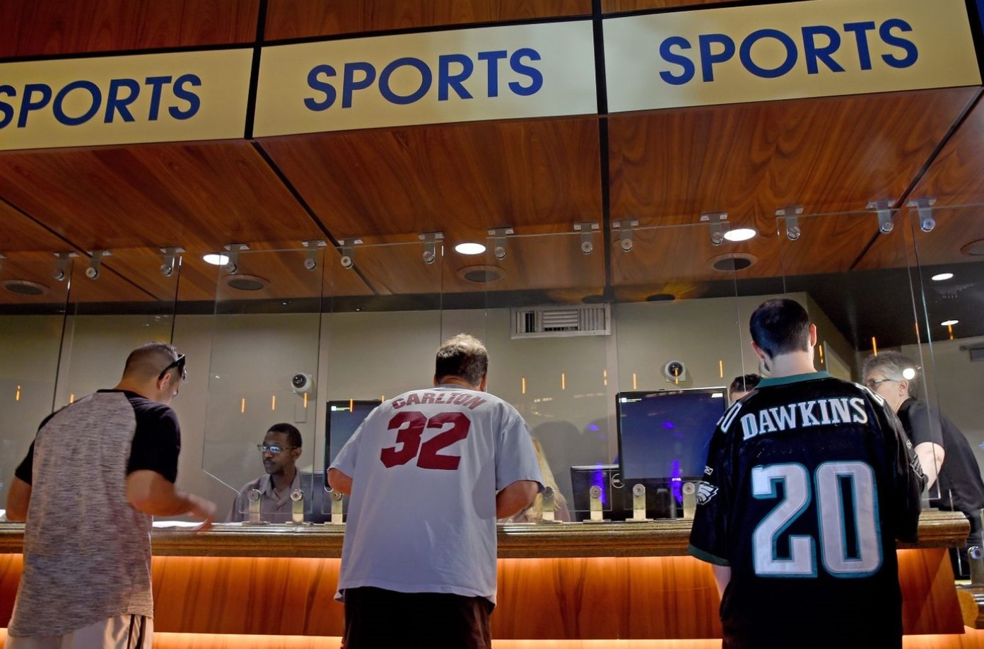 Harrah's Pays State's Hefty Application Fee to Bring Sports Wagering to Chester