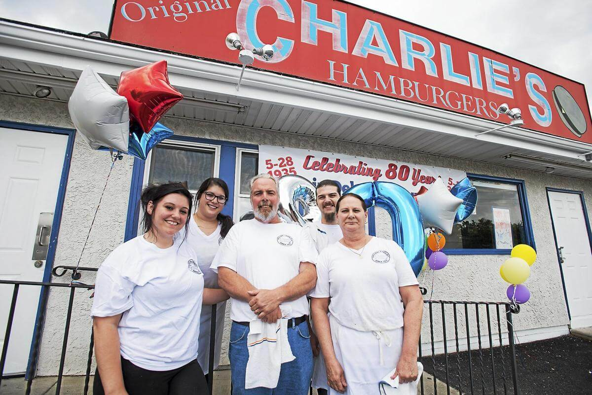 Charlie's Hamburgers in Folsom Worth a 10-Minute Detour for Travelers on I-95