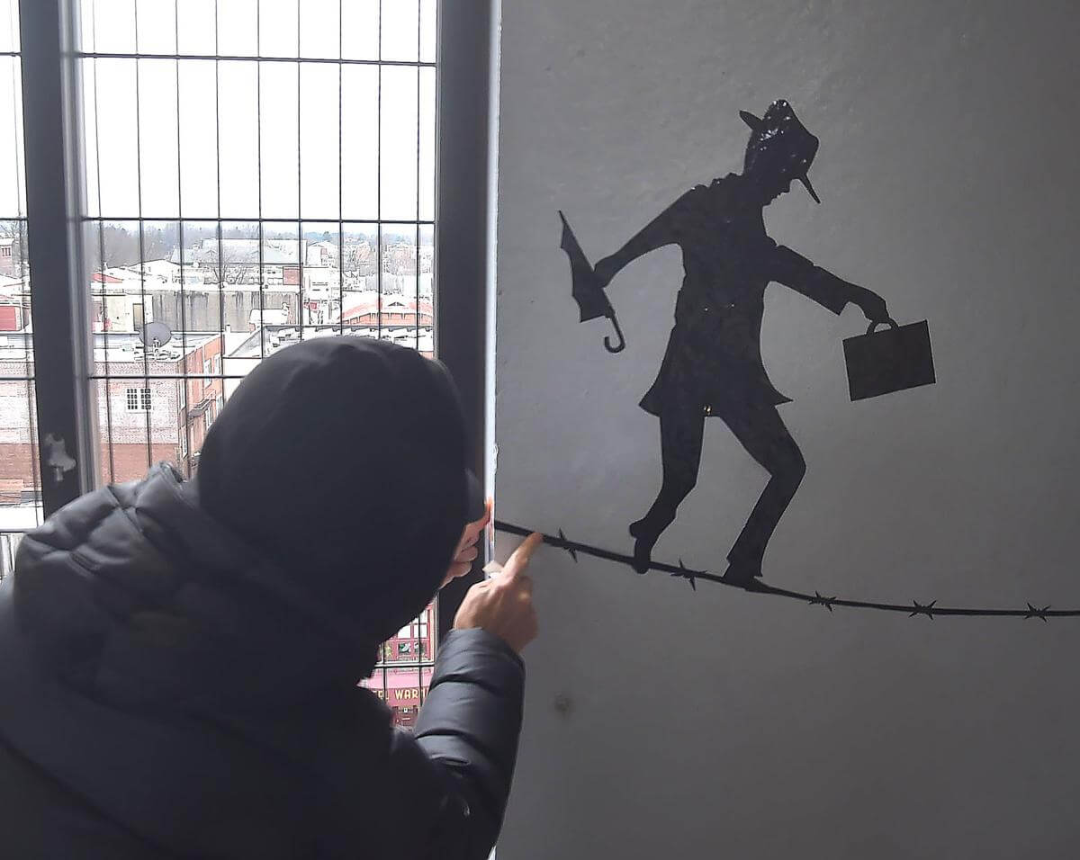 Work of Mysterious Street Artist from Newtown Square Entertains Chester County Commuters