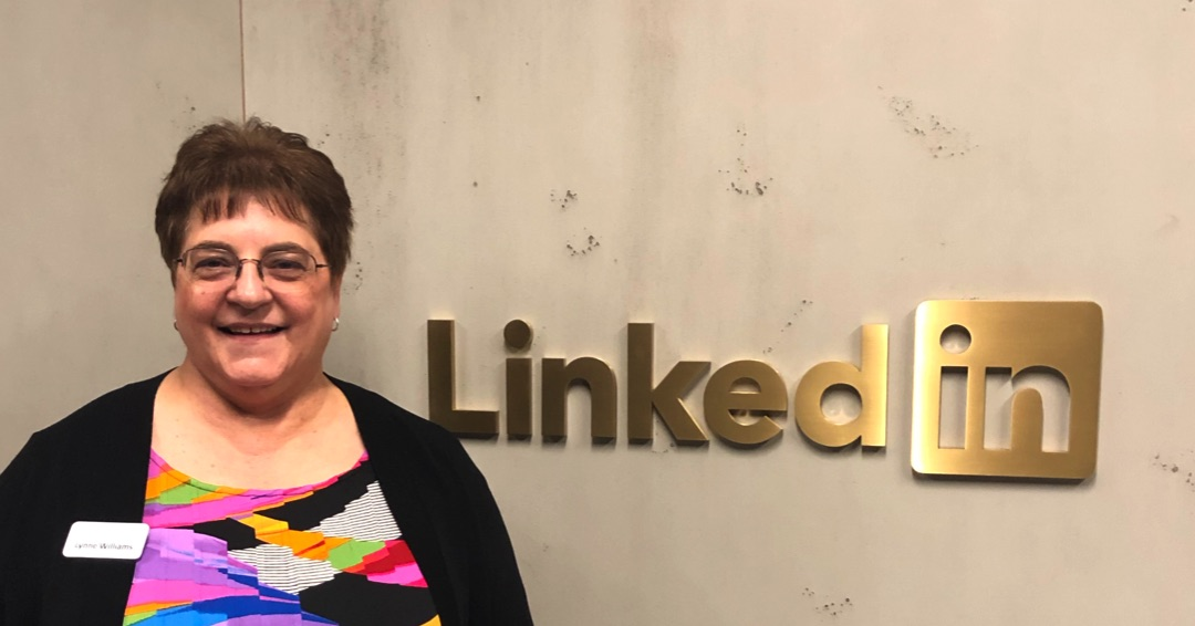 Clean Up Your LinkedIn URL Gobbledygook in 30 Seconds