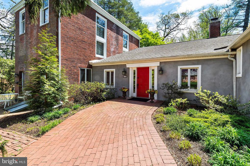 Historic Home With Frank Furness Library For Sale in Wallingford.