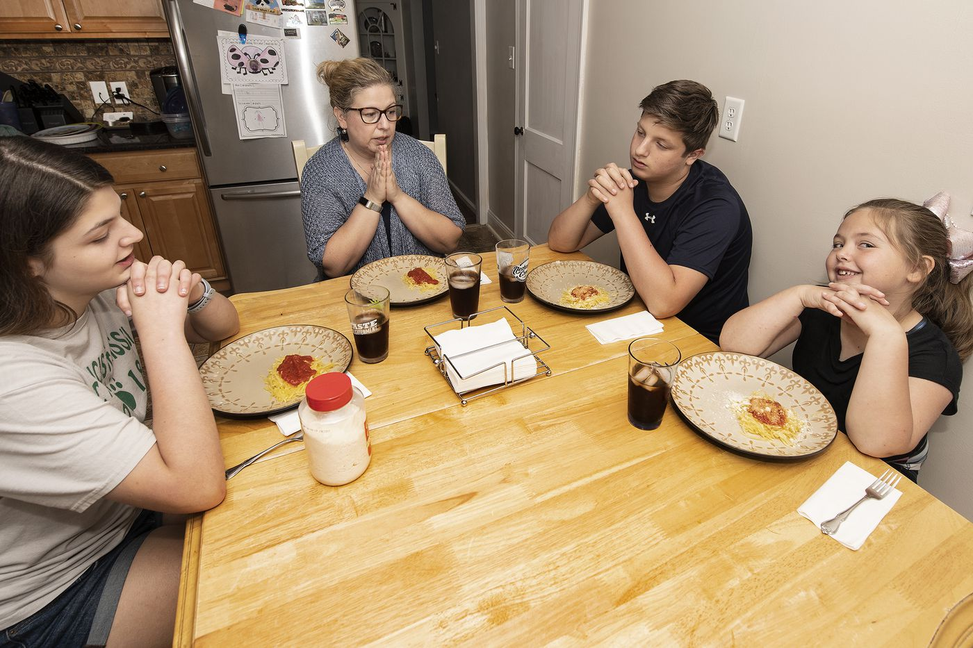 In Springfield: This Dinner Guest Makes Sure Your Kid Is Eating Right