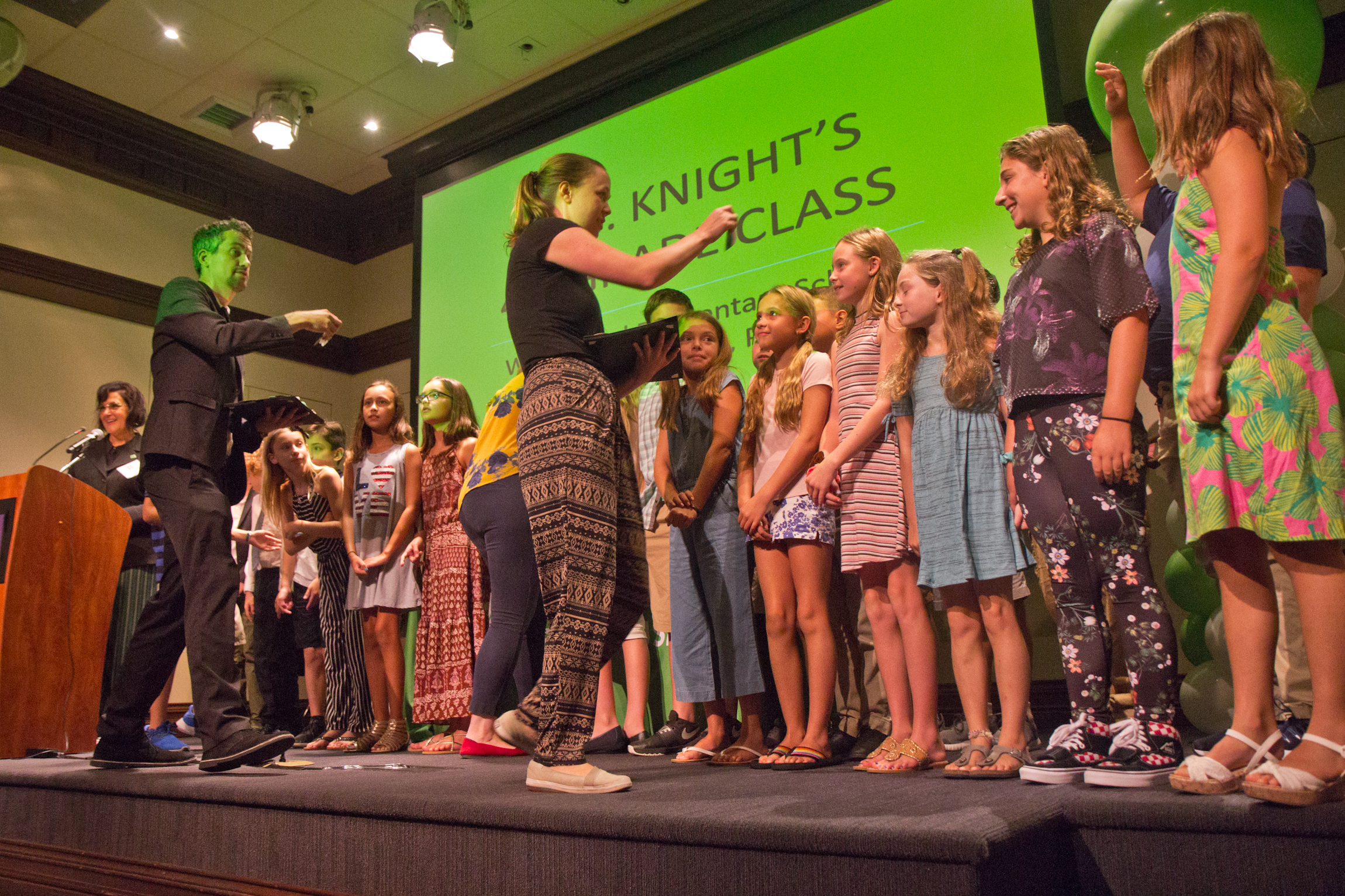 Wallingford Students Receive Young Hero Award for Plastic Straw Ban Campaign