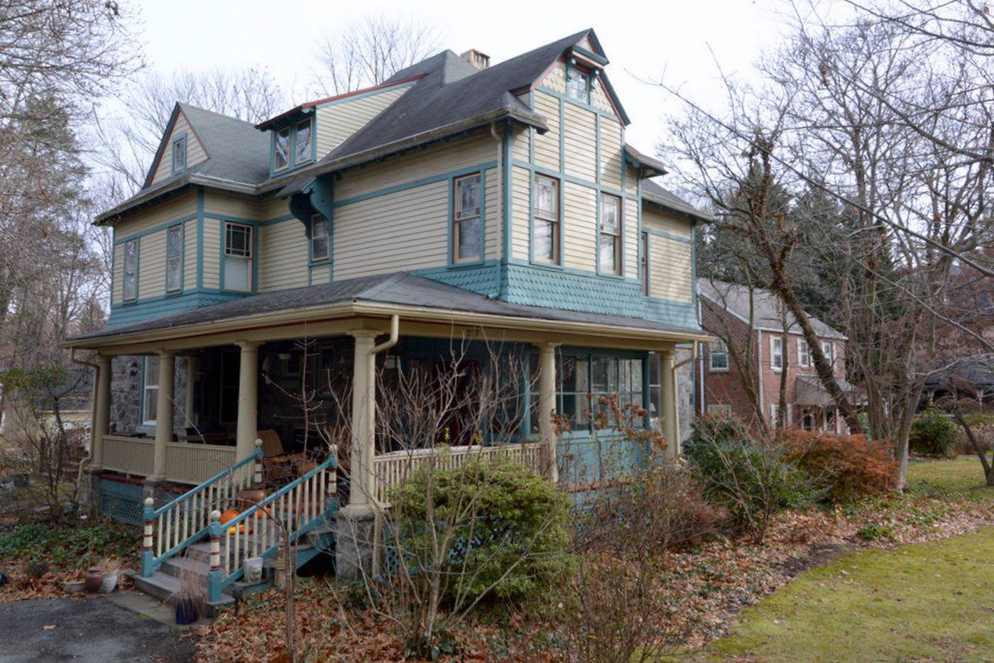 She Liked the 'Swarthmore' Part of the Queen Anne Home; The Victorian Part, Not So Much