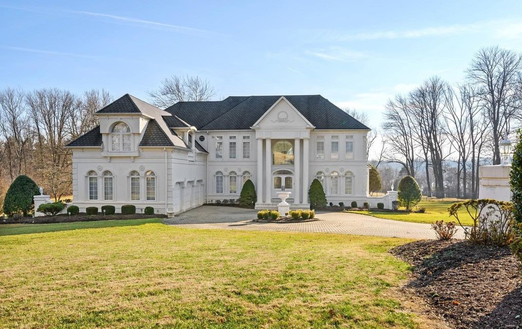 Malvern Bank House of the Week: Custom-Built Home on Retreat Setting in Newtown Square