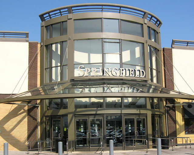 Springfield Mall Owner Remains Optimistic About Mall's Future, Despite Drop in Fourth-Quarter Earnings