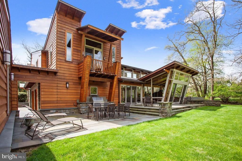 Malvern Bank House of the Week: One-of-a-Kind Contemporary in Ardmore