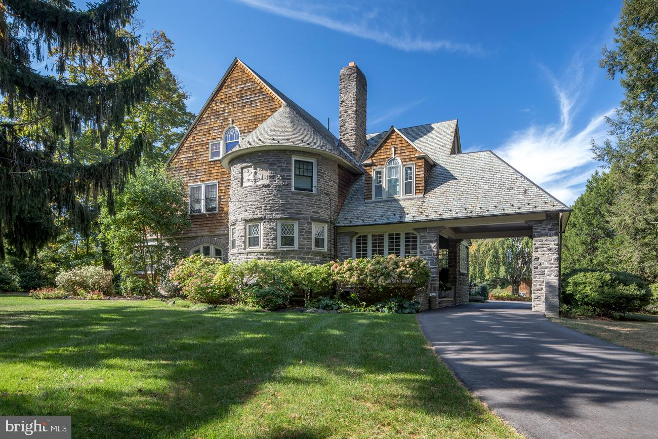 Malvern Bank House of the Week: Historic Tower House Colonial in Wayne