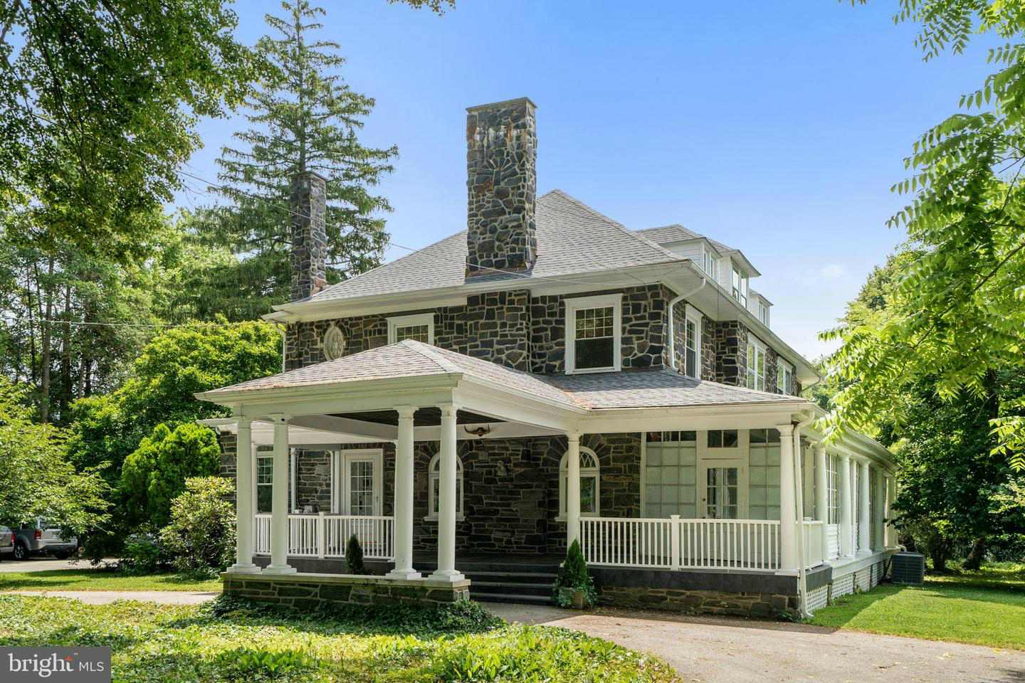 Malvern Bank House of the Week: 1925 Stone Colonial in Haverford