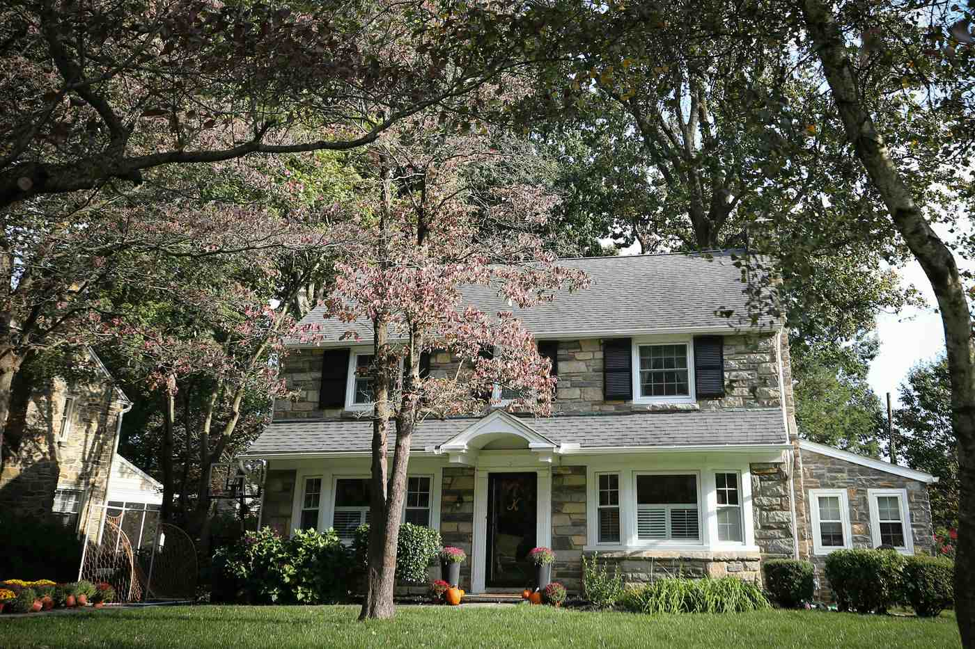 Couple Finds Havertown Colonial With 'Good Bones' and Gets to Work on Its Old World Charm