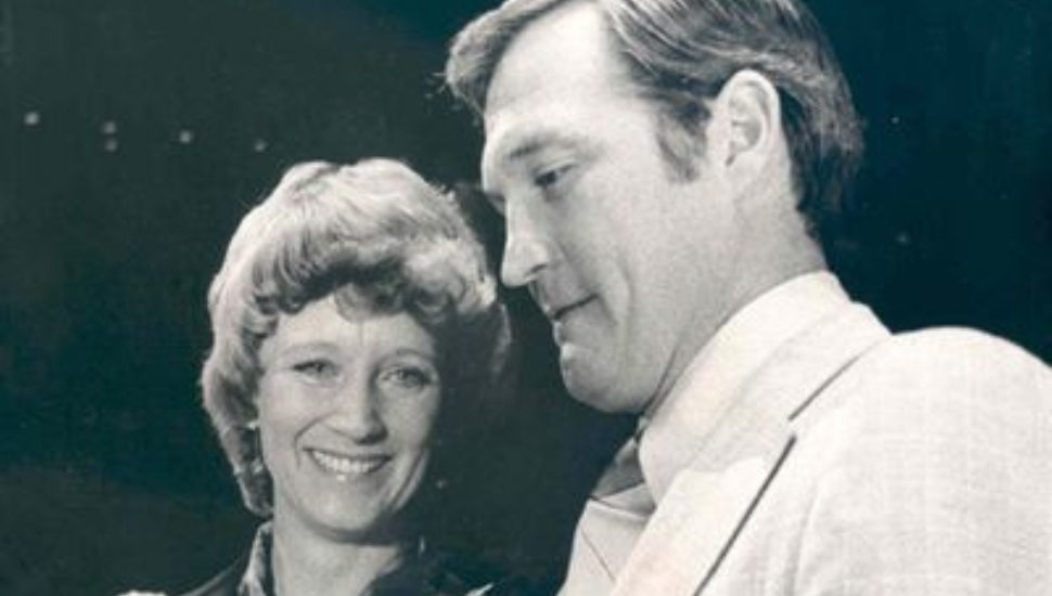Donna Ashbee and former Philadelphia Flyers husband Barry.