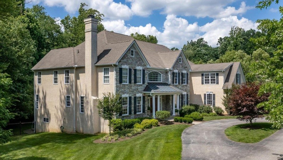 Home for sale at 1122 Darczuk Drive in Garnet Valley.